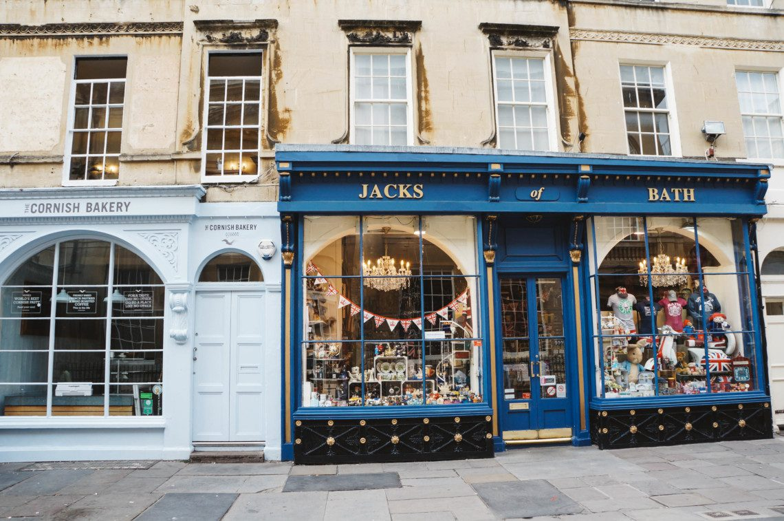 A guide to the best of Bath. Where to stay, eat, and shop in this gorgeous historic town.