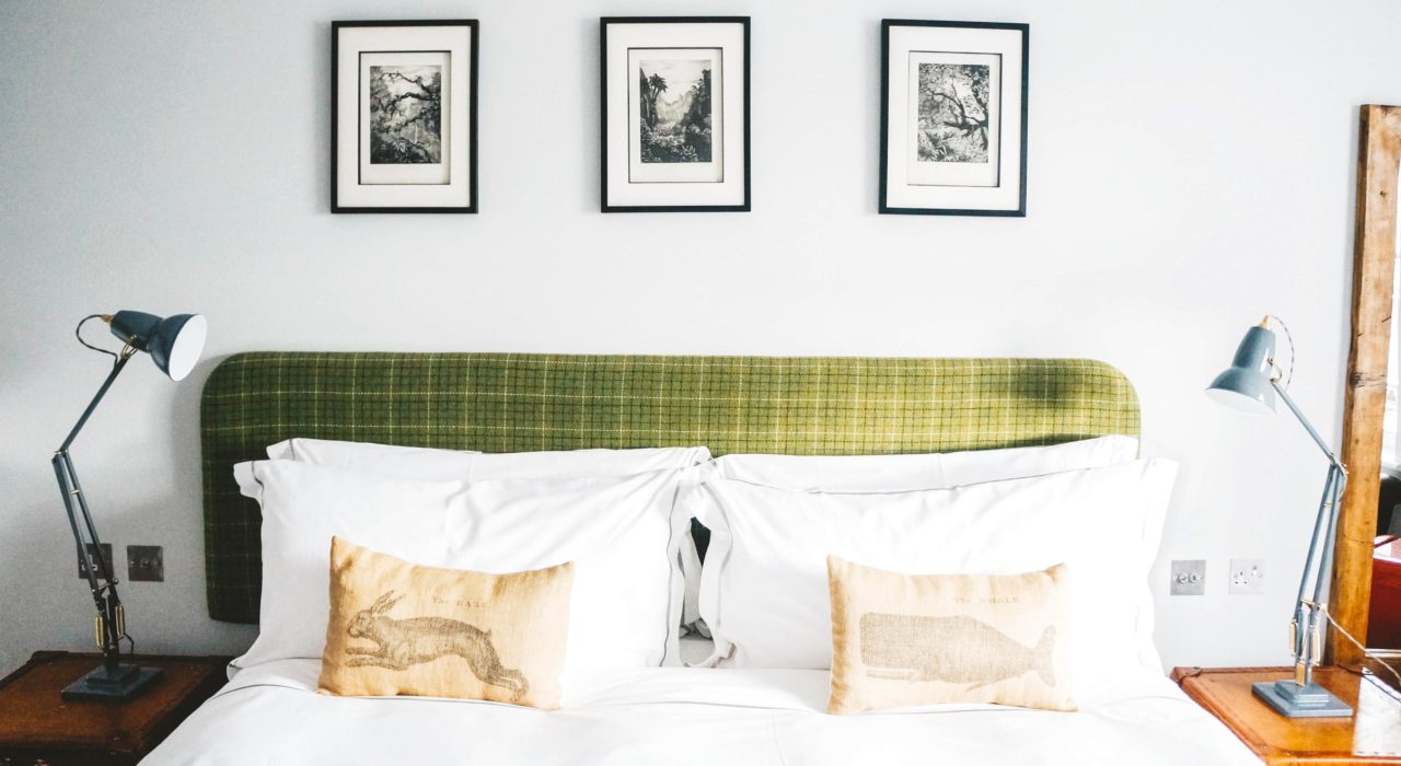 Want to know how to make your home feel like a boutique hotel? From hotel quality pillows to luxury bath toiletries, here are the top five things you need.